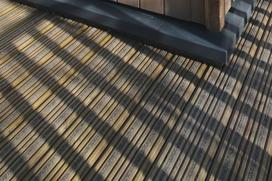 Low slip decking arbordeck for Non slip composite decking