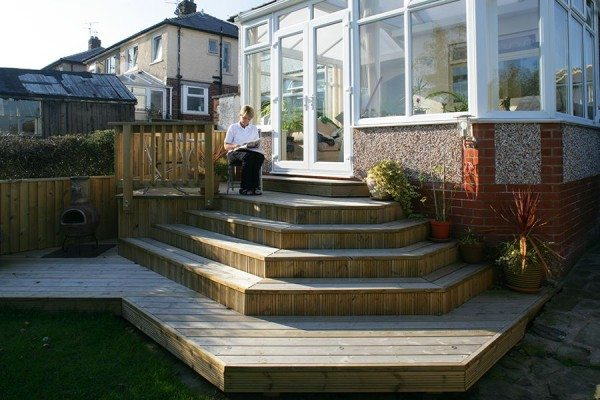 Garden with feature decking steps