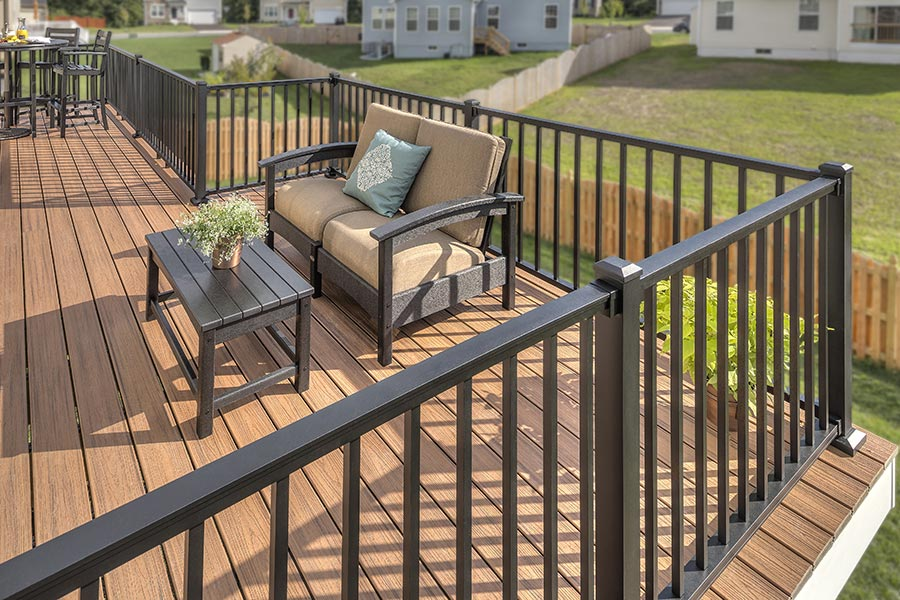 Trex Signature railing system - Charcoal Black