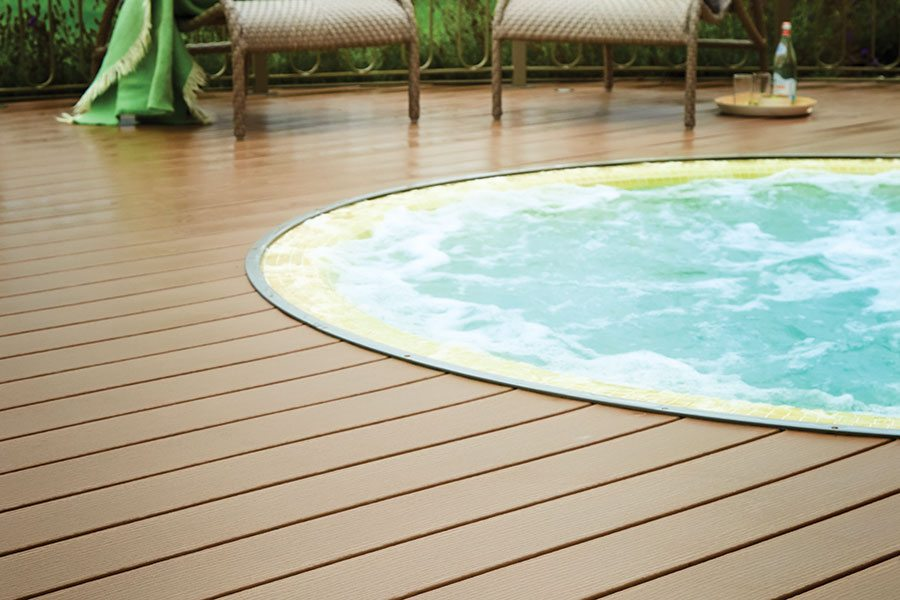 Sunken hot tub in Trex decking