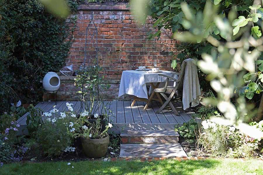 Trex decking in garden