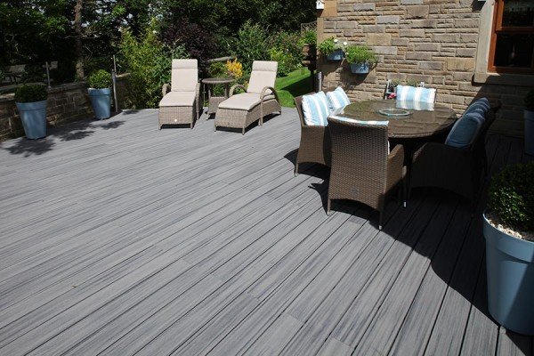 Trex composite decking in Island Mist