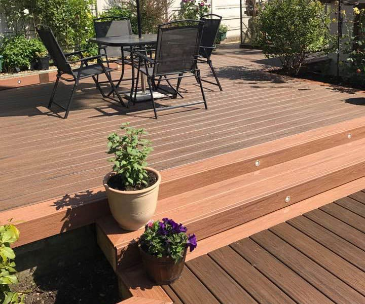 Trex multi level deck used for dining area - Simon Thomas