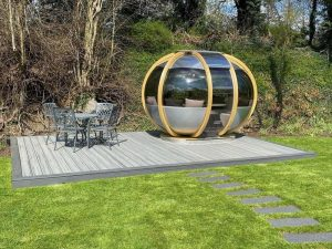 Grey Trex deck with seating pod