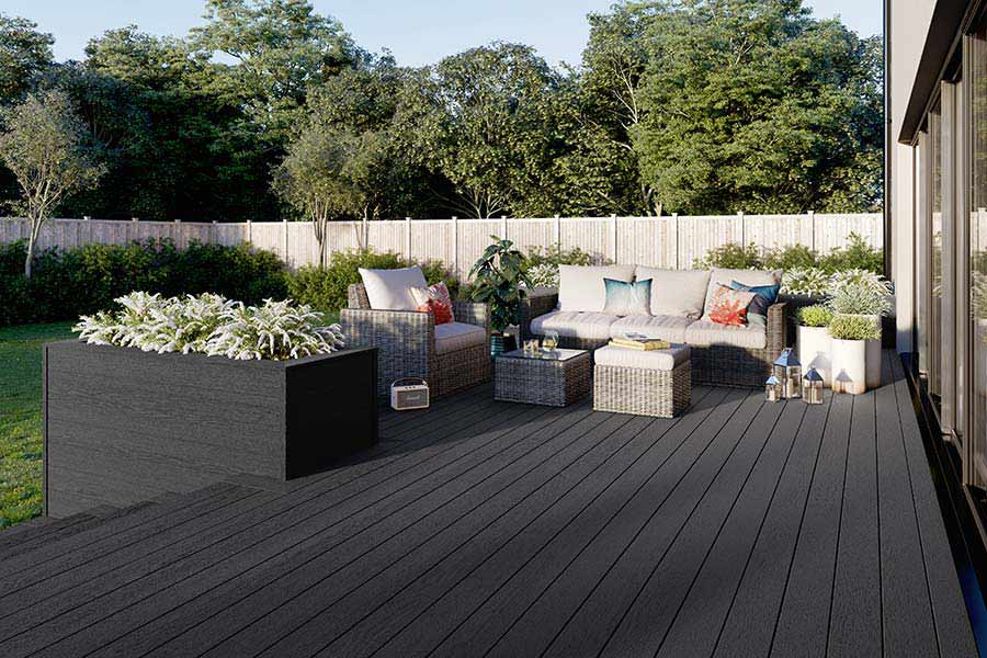 Outdoor lounge decking area with integrated planter using Trex Enhance Calm Water