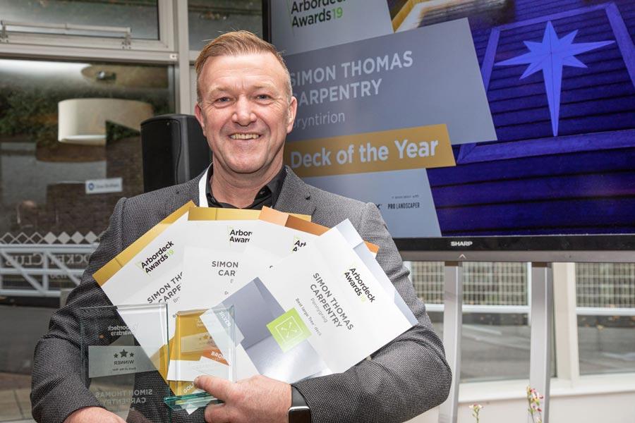 Simon Thomas Carpentry wins Best of Trex award