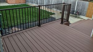 Brown Trex deck with railings